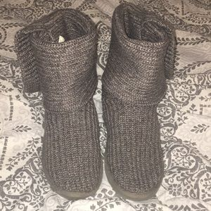 Gray Knitted Uggs size 8!